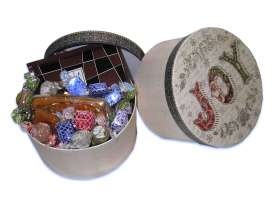 Caja Redonda JOY/ Especialidades Goya