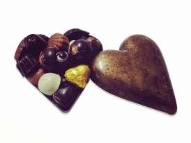 Corazón  Dorado de Cob. de Leche/ bombones de molde surt.