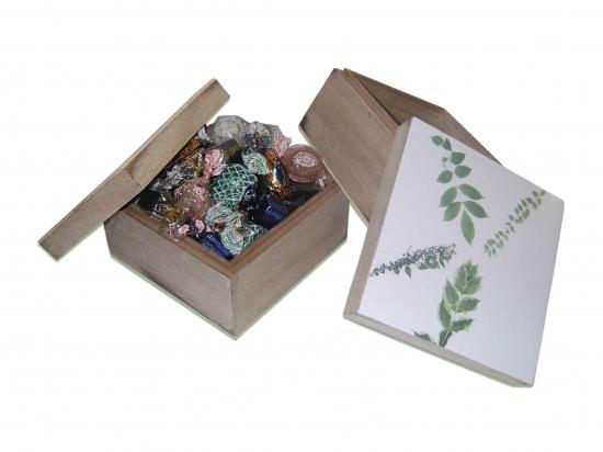 Caja Hojas Peq./  500 gramos bombones  ref C142