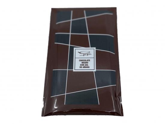 Tableta de Chocolate Negro con Sal de Añana. 100 gramos
